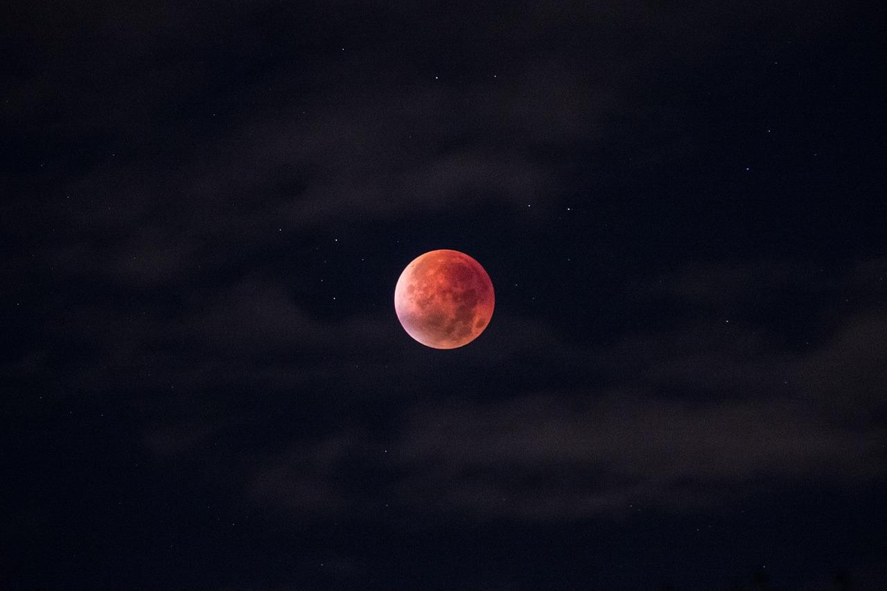 lunar-eclipse-962802_1280